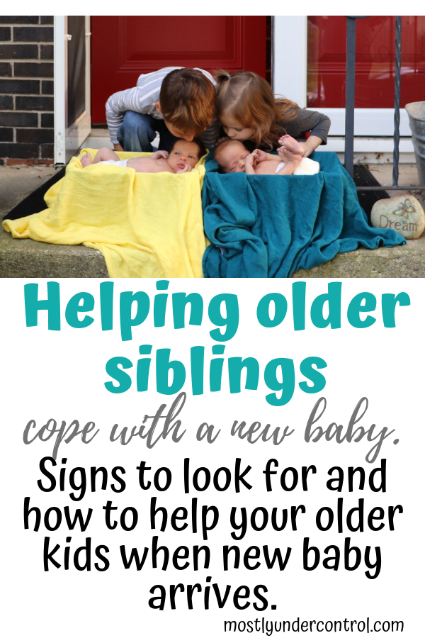 Helping older siblings cope with a new baby. Signs to look for and how to help your older kids when new baby arrives.